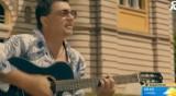 """""""Ана от квартала"""" - новата песен на Искрен Пецов"""