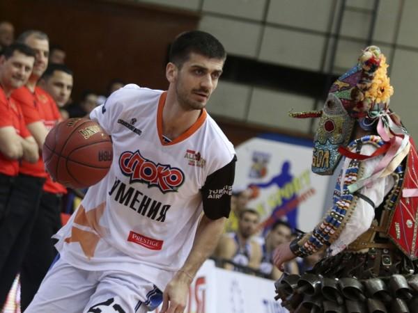 Баскетболистът Станимир Маринов е с положителна проба за COVID-19 и