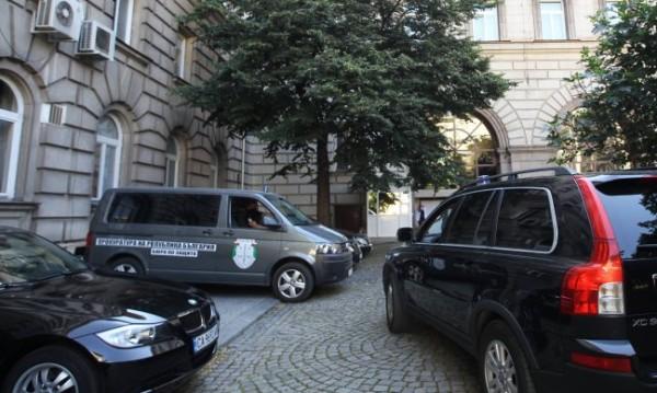 Задържаха и съветника по сигурността на Румен Радев