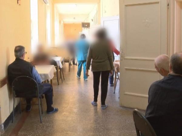 Социалните услуги от резидентен тип в страната ще бъдат затворени