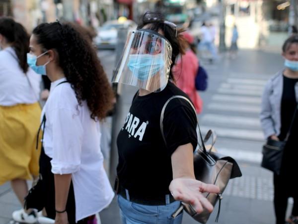 Правителството на Израел върна карантината в някои квартали на пет