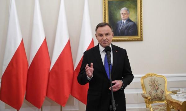 В Полша Анджей Дуда печели президентските избори
