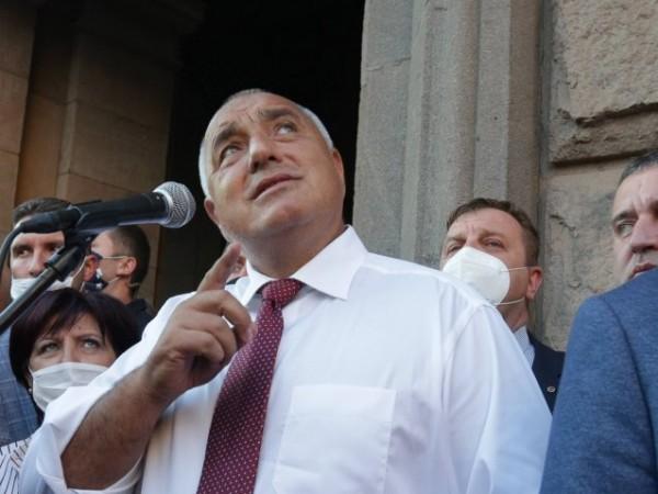 Вицепремиерът Томислав Дончев увери, че правителството не обмисля да си