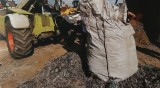 Открити и иззети са документи за загробения боклук край Червен бряг