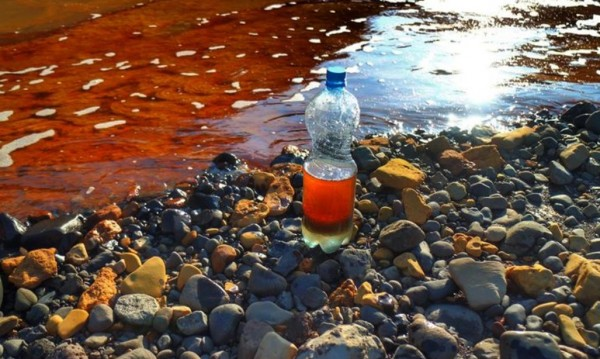 Разливът в Норилск - много по-страшен! Еколог рискува работата си, за да го докаже
