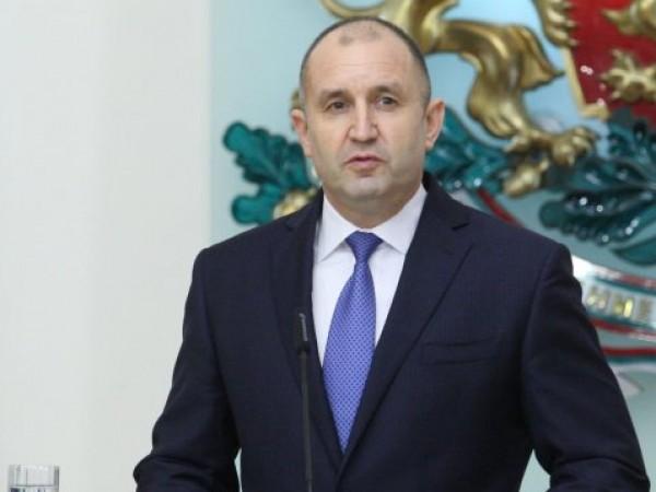 Президентът Румен Радев се е тествал за коронавирус, тестът му