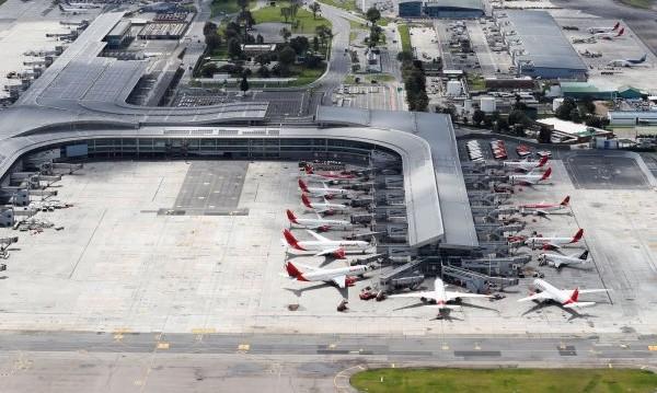 Австрия спря пътническите полети до България заради COVID-19