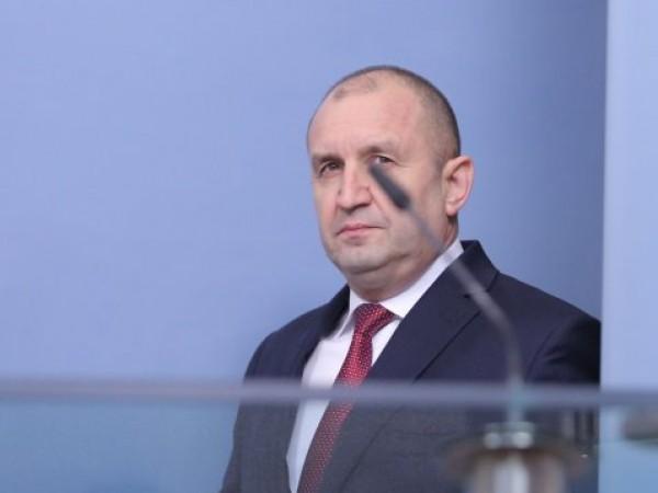 Президентът Румен Радев назначи със свой указ Бойко Рашков за
