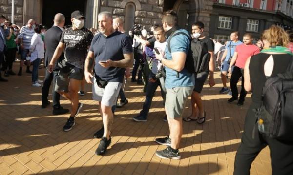 За шести ден: Антиправителствен протест в София