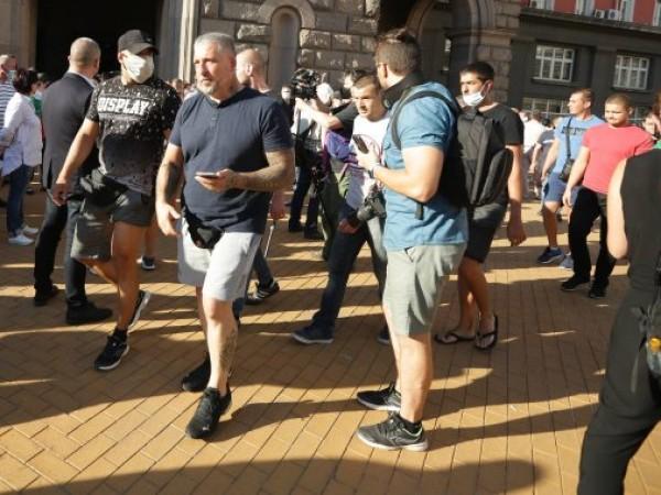 За шести пореден ден антиправителствени протести започнаха в центъра на