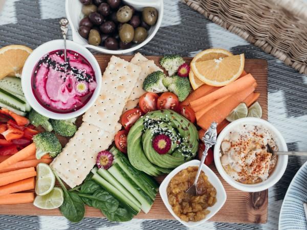 За балансирана диета, трябва да включите в менюто си храни,