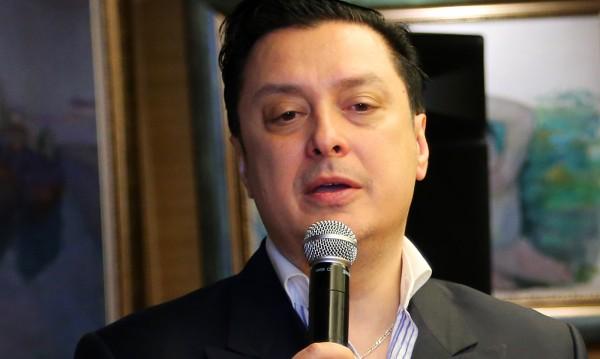 Васил Петров стартира националното си турне през лятото