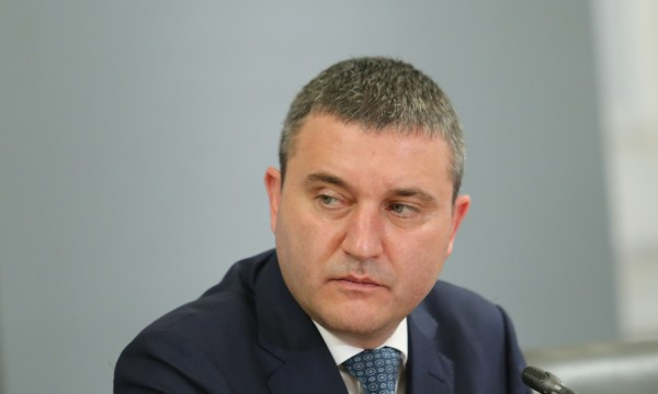 Горанов, Маринов и Караниколов имат готовност незабавно да оттеглят