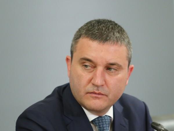 Министърът на финансите Владислав Горанов, министърът на вътрешните работи Младен