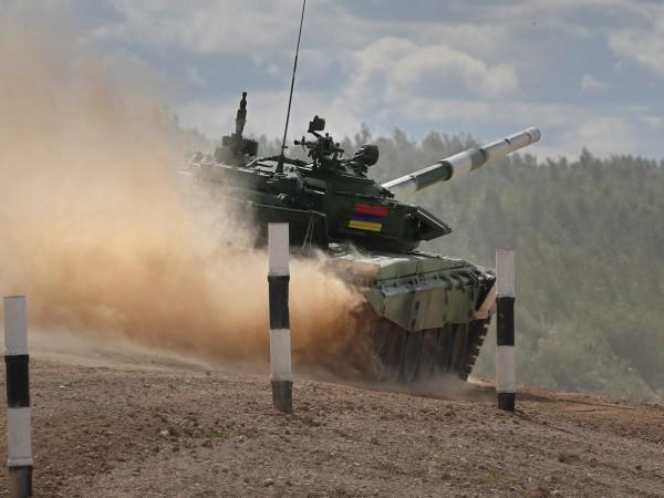 Азербайджанското министерство на отбраната съобщи в четвъртък за продължаващото напрежение