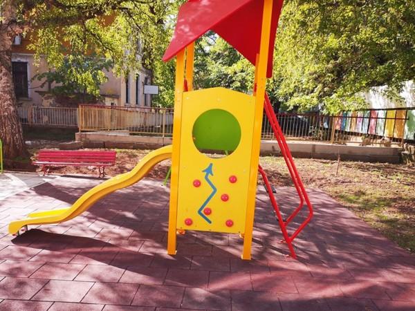 Трети месец единствената детска градина в община Стрелча седи затворена,