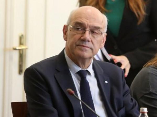 Досегашният председател на енергийния регулатор КЕВР - Иван Иванов, запазва