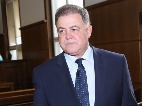 Бившият военен министър Николай Ненчев е оправдан и на втора