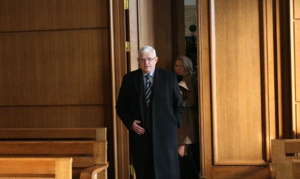 Бившият ректор на МУ-София на съд за незаконен прием на студенти
