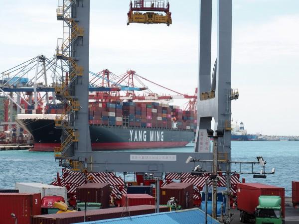 Гърция разчита на приватизацията на още регионални пристанища, за да