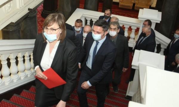 Опозицията критикува остро рокадите в кабинета