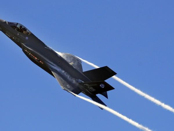 Два американски изтребителя са се приближили до ирански пътнически самолет
