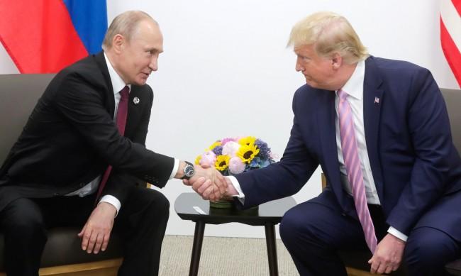 Путин и Тръмп обсъдиха контрола над оръжията