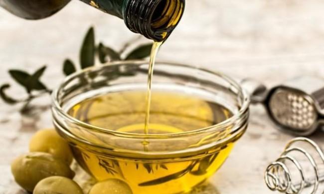 5 ползи за здравето от комбинацията зехтин и лимонов сок
