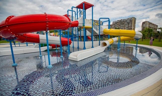 Басейни, водни пързалки в сърцето на София, аквапаркът отваря
