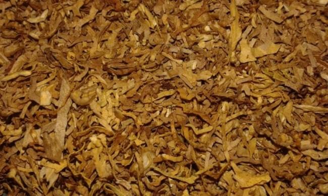Иззеха 400 кг тютюн и 12 000 цигари без платен акциз