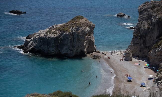 Само един от трима в Гърция ще си позволят почивка