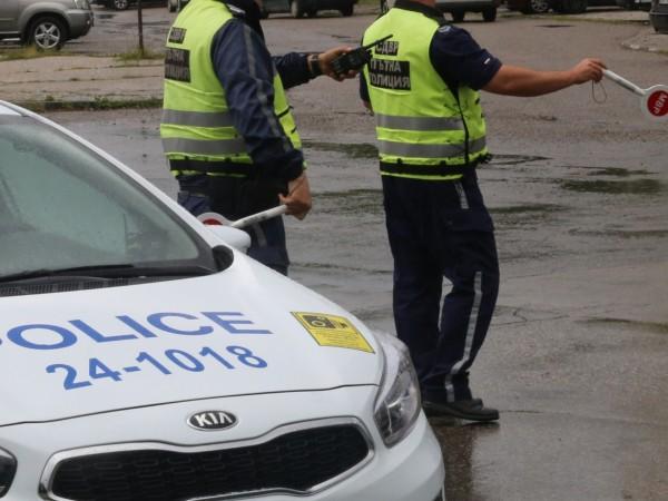 Мъж на 35 години от Варна е заловен да шофира