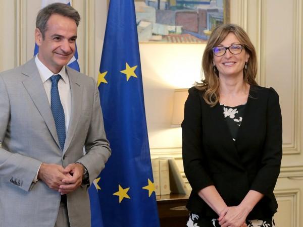 Вицепремиерът и министър на външните работи на България Екатерина Захариева,