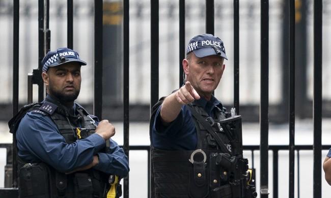 """Двама българи са арестувани в Лондон за """"съвременно робство"""""""