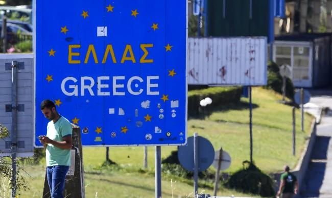Гърция отчете скок на заразените с коронавирус
