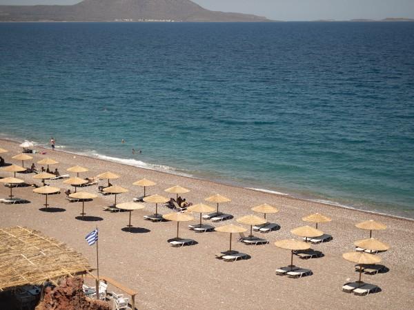 Гърция въведе от днес задължително носене на предпазни маски във