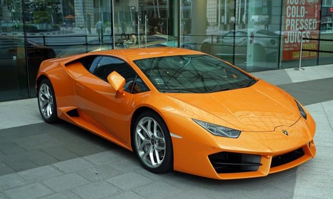Мъж от Флорида си купи Lamborghini с COVID-помощи