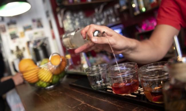 Колко опасни са алкохолните коктейли?