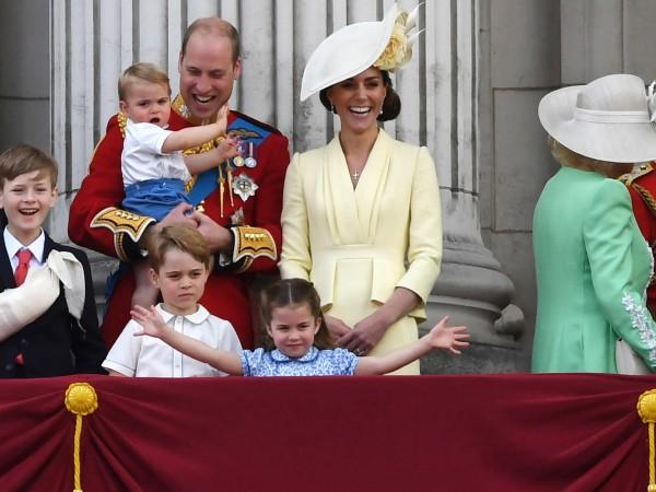 Принц Джордж има специална връзка с прабаба си - кралица