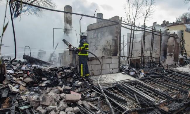 Петима са пострадали при пожара във фабриката в Търговище