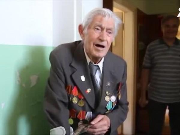 Един от 12-те живи ветерани от Втората световна война в