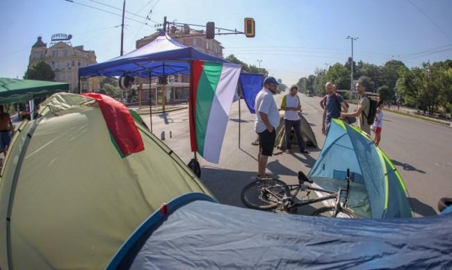 Ден 23 на протестите: Отново напрежение на Орлов мост