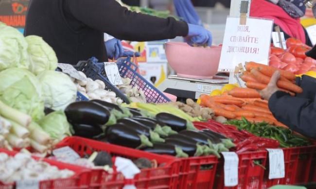 Цените на основните храни скочиха с близо 2% за седмица