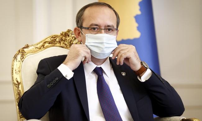 Премиерът на Косово е с коронавирус
