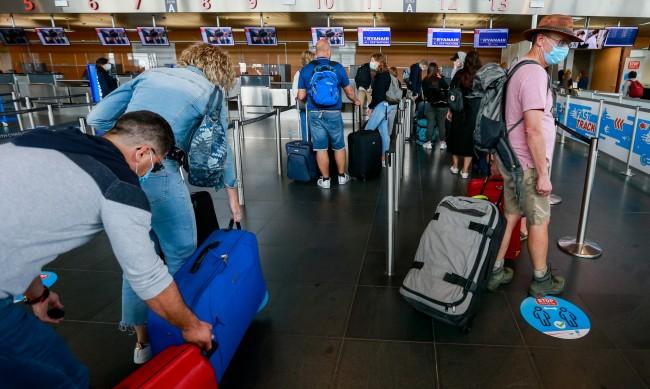 Белгия със задължителна карантина за част от пътниците от България