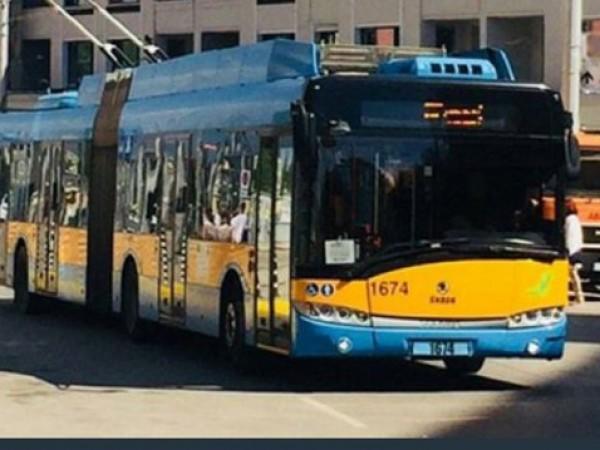 Променени са маршрути по линиите на обществения транспорт заради затворените