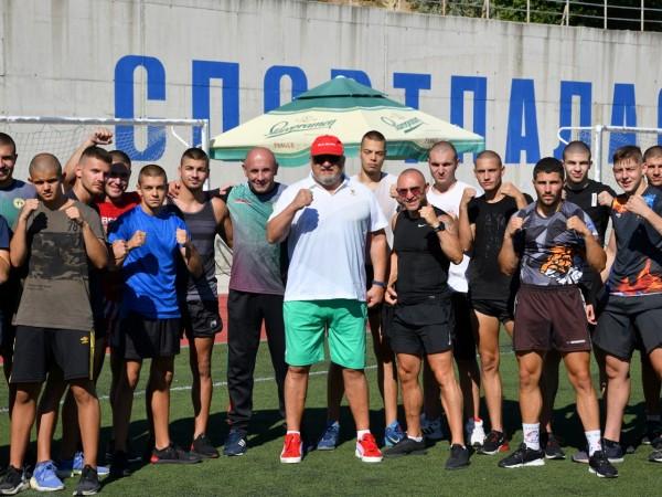 Министърът на младежта и спорта Красен Кралев посети тренировките на