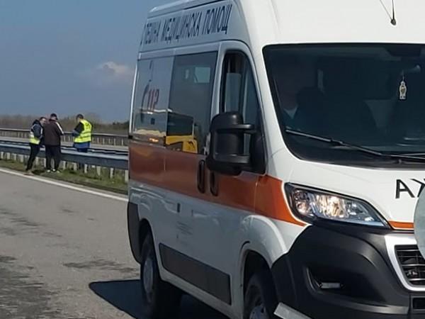 Шофьор загина след тежка катастрофа между лек автомобил и ТИР.