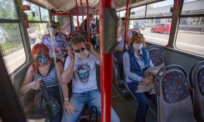 Защо е задължителна маската в градския транспорт?