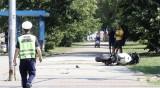 Има опасност за живота на ранения моторист, стабилизиран е